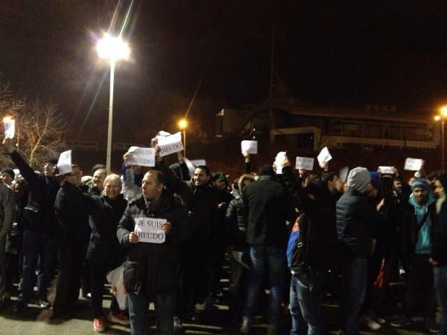Fans de Dieudonné hier, à Metz, avant le spectacle.