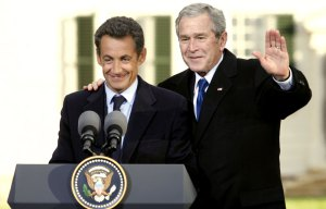 Nicolas-Sarkozy-et-George-W.-Bush